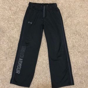 Boy's Youth Small Under Armour Sweatpants Joggers